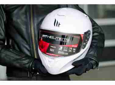 Новое поступление мотошлемов MT Helmets уже в наших магазинах!