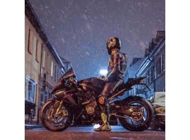Как ездить на мотоцикле в холод и дождь